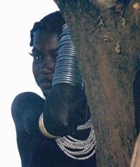 <strong>INFANCIA AMENAZADA : LAS NOVIAS NIÑAS DE ÁFRICA </strong>